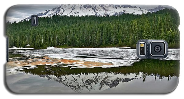 Mount Rainier From Reflection Lakes Galaxy S5 Case