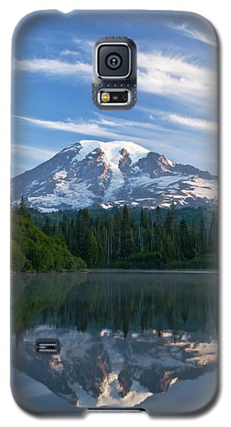 Mount Rainier Reflections Galaxy S5 Case by Greg Vaughn - Printscapes