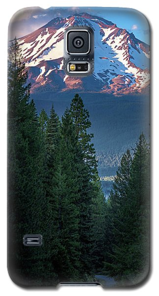 Mount Shasta - A Roadside View Galaxy S5 Case