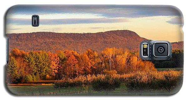 Mount Tom Foliage View Galaxy S5 Case