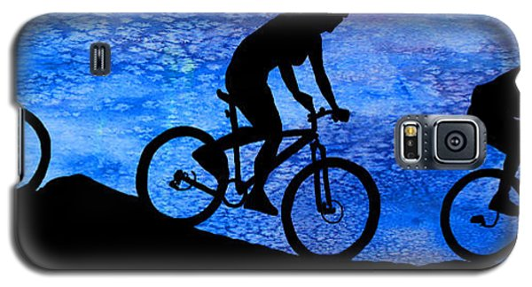 Mountain Bikers At Dusk Galaxy S5 Case