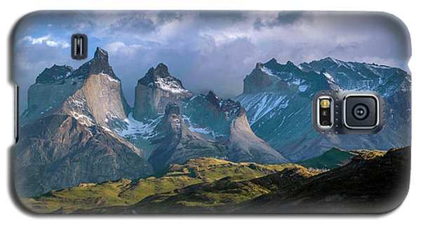 Galaxy S5 Case featuring the photograph Mountain Dream by Andrew Matwijec