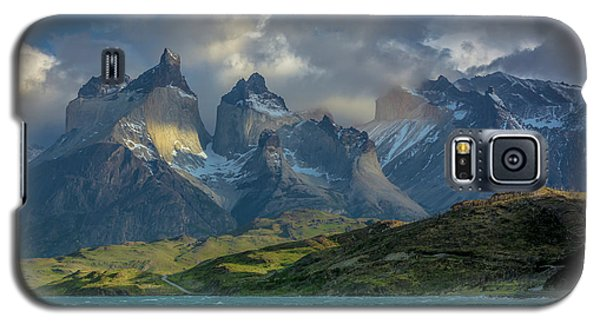 Galaxy S5 Case featuring the photograph Mountain Glimmer by Andrew Matwijec