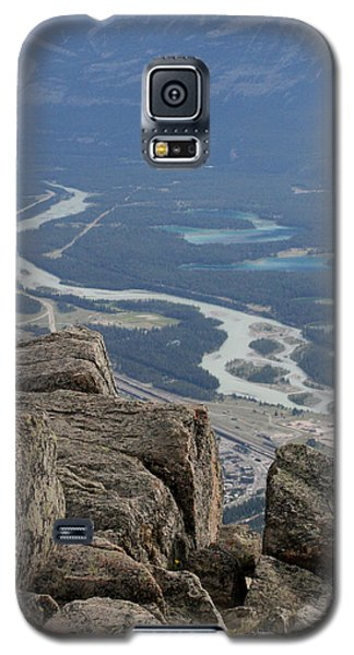 Galaxy S5 Case featuring the photograph Mountain View by Mary Mikawoz