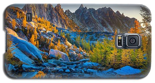 Mountainous Paradise Galaxy S5 Case