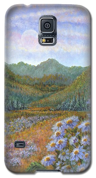 Mountains And Asters Galaxy S5 Case by Holly Carmichael