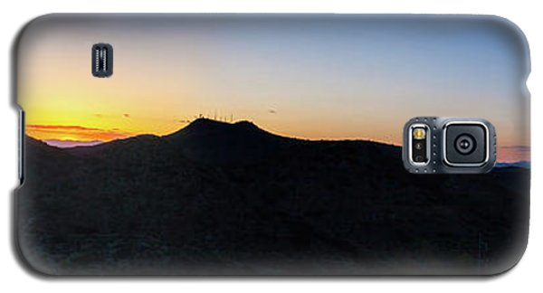 Galaxy S5 Case featuring the photograph Mountains At Sunset by Ed Cilley