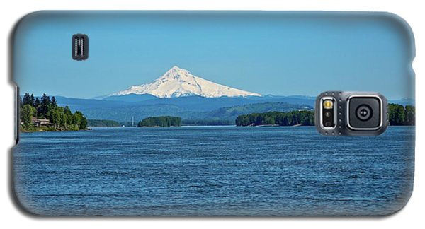 Mt. Hood Above The Columbia River Galaxy S5 Case