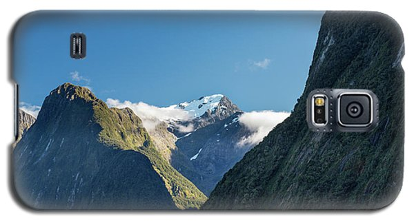 Galaxy S5 Case featuring the photograph Mt Pembroke Glacier by Gary Eason
