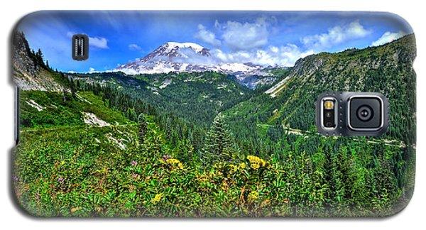 Mt. Rainier Through The Clouds  Galaxy S5 Case