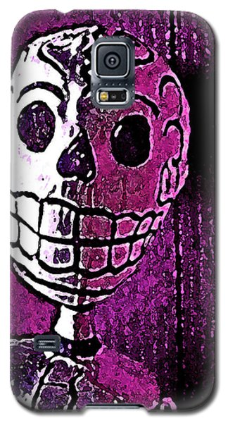 Galaxy S5 Case featuring the photograph Muertos 3 by Pamela Cooper