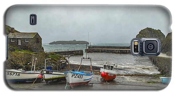 Galaxy S5 Case featuring the photograph Mullion Cove Harbour by Brian Roscorla
