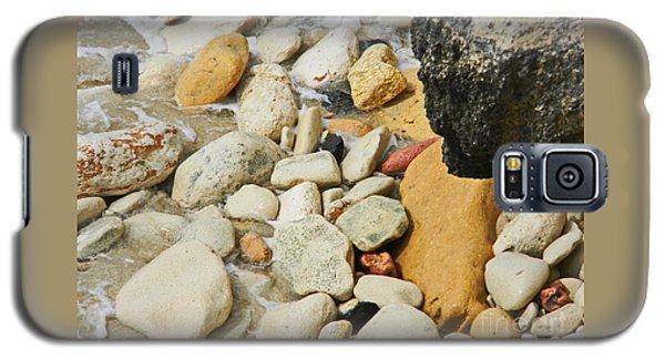 multi colored Beach rocks Galaxy S5 Case