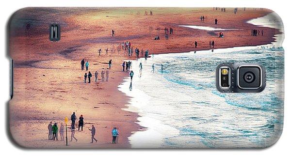 multiple exposure of people on North sea beach  Galaxy S5 Case