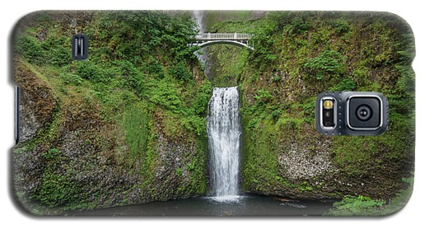 Galaxy S5 Case featuring the photograph Multnomah Falls In Spring by Greg Nyquist
