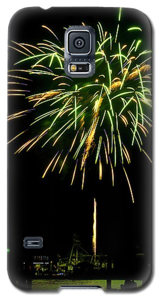Galaxy S5 Case featuring the photograph Murrells Inlet Fireworks by Bill Barber