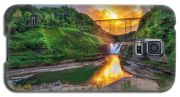 Mushroom Cloud Over Upper Falls Galaxy S5 Case by Mark Papke