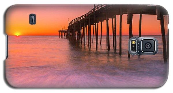 Nags Head Avon Fishing Pier At Sunrise Galaxy S5 Case