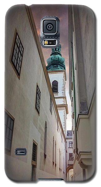 Narrow Alley In Vienna Old Town Austria  Galaxy S5 Case