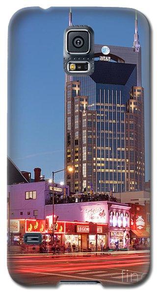 Galaxy S5 Case featuring the photograph Nashville - Batman Building by Brian Jannsen