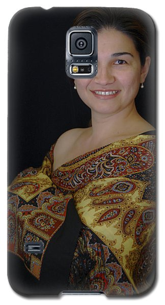 Nasiba. Girl And Her Pearls Galaxy S5 Case