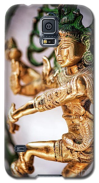 Galaxy S5 Case featuring the photograph Nataraja by Tim Gainey