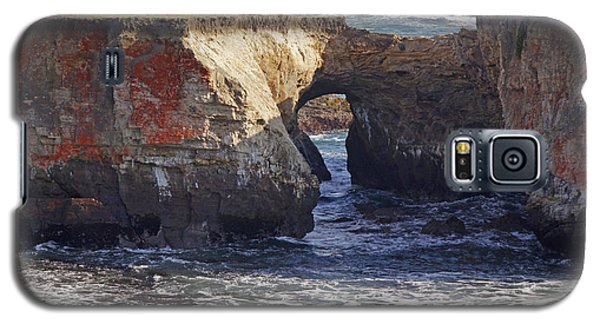 Natural Bridge At Point Arena Galaxy S5 Case by Mick Anderson