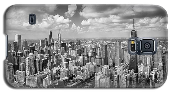 Hancock Building Galaxy S5 Case - Near North Side And Gold Coast Black And White by Adam Romanowicz