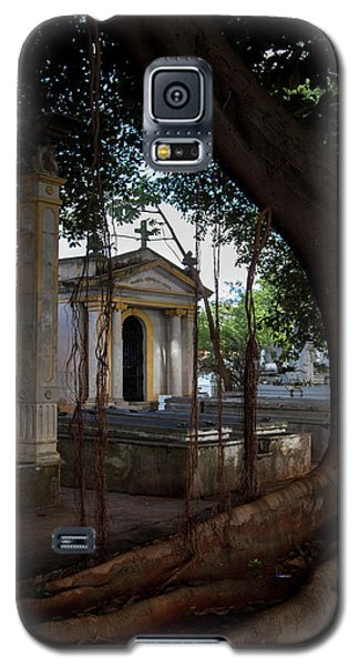 Galaxy S5 Case featuring the photograph Necropolis Cristobal Colon Havana Cuba Cemetery by Charles Harden