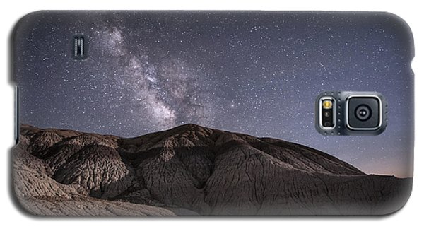 Galaxy S5 Case featuring the photograph Neopolitan Milkyway by Melany Sarafis
