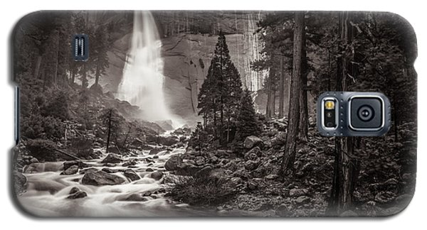 Galaxy S5 Case featuring the photograph Nevada Fall Monochrome by Scott McGuire