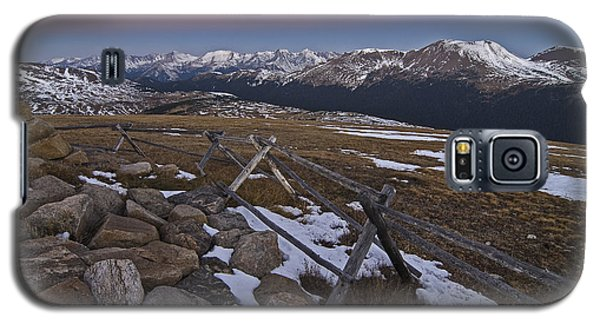 Galaxy S5 Case featuring the photograph Never Summer Range by Gary Lengyel