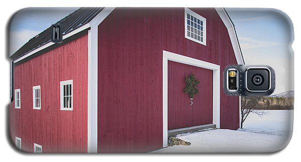 Galaxy S5 Case featuring the photograph New England Red Barn Winter Orford by Edward Fielding
