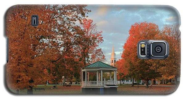 New England Town Common Autumn Morning Galaxy S5 Case by John Burk