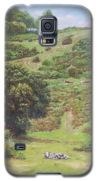 Galaxy S5 Case featuring the painting New Forest Hill With Cows And Horses by Martin Davey