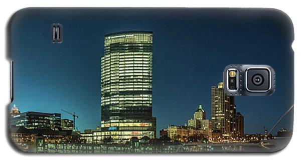 New Milwaukee Skyline Galaxy S5 Case