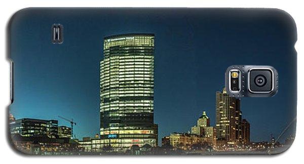 Galaxy S5 Case featuring the photograph New Milwaukee Skyline by Randy Scherkenbach