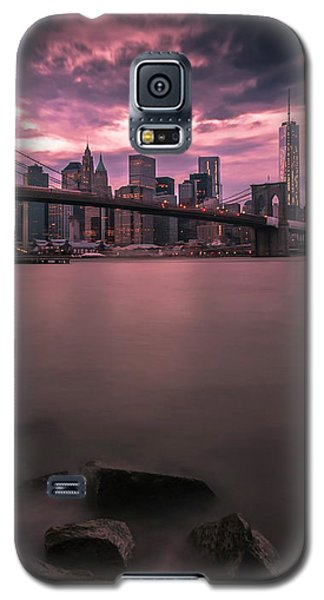 Galaxy S5 Case featuring the photograph New York City Brooklyn Bridge Sunset by Ranjay Mitra