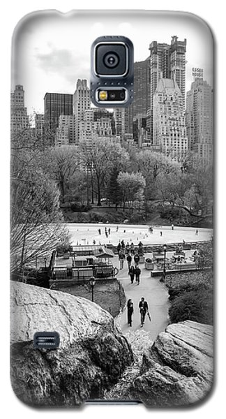 New York City Central Park Ice Skating Galaxy S5 Case