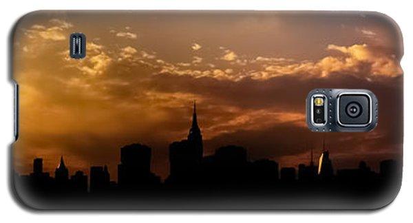 City Sunset Galaxy S5 Case - New York City Skyline At Sunset Panorama by Vivienne Gucwa