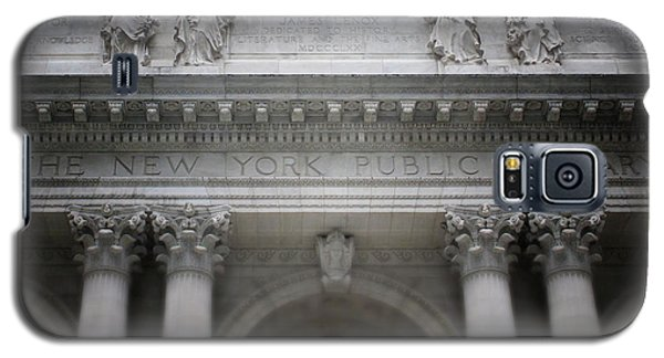 Galaxy S5 Case featuring the mixed media New York Public Library- Art By Linda Woods by Linda Woods