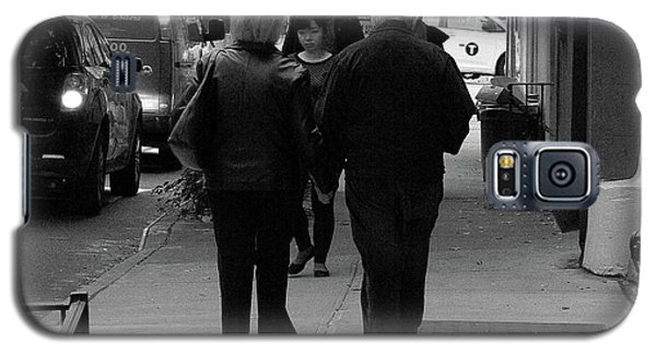 Galaxy S5 Case featuring the photograph New York Street Photography 75 by Frank Romeo