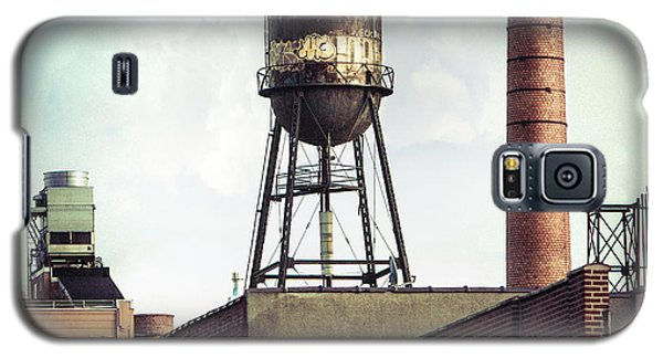 Galaxy S5 Case featuring the photograph New York Water Towers 19 - Urban Industrial Art Photography by Gary Heller