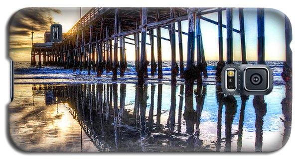 Newport Beach Pier - Reflections Galaxy S5 Case by Jim Carrell