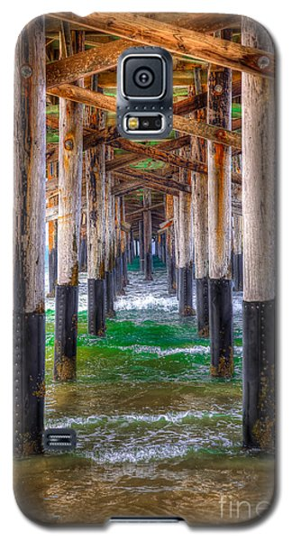 Galaxy S5 Case featuring the photograph Newport Beach Pier - Summertime by Jim Carrell