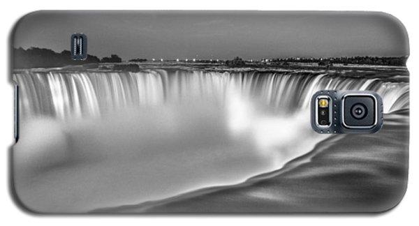Niagara Falls In Black And White  Galaxy S5 Case