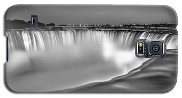 Niagara Falls In Black And White  Galaxy S5 Case