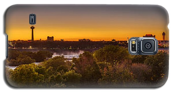 Galaxy S5 Case featuring the photograph Niagara Falls Twilight From The 9th Floor by Chris Bordeleau