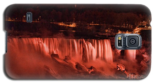 Galaxy S5 Case featuring the photograph Night Falls by Traci Cottingham