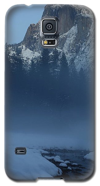 Galaxy S5 Case featuring the photograph Night Falls Upon Half Dome At Yosemite National Park by Jetson Nguyen